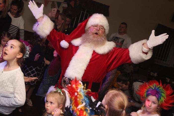 Gazza's Disco Hire Childrens Seasonal Events Image 003
